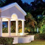 Barbados: Luxurious Colonial Style Villa