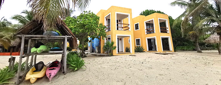 Xcalak, Mexico: Beachfront Hotel for Sale